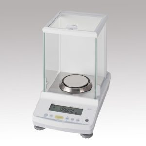 SHIMADZU ANALYTICAL BALANCE INTERNAL WEIGHT EQUIPPED 82G ATX84